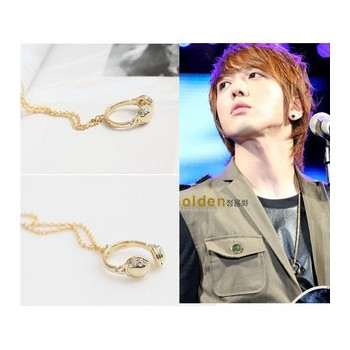 cnblue Jung Yong Hwa rhinestone golden stud small earphones necklace